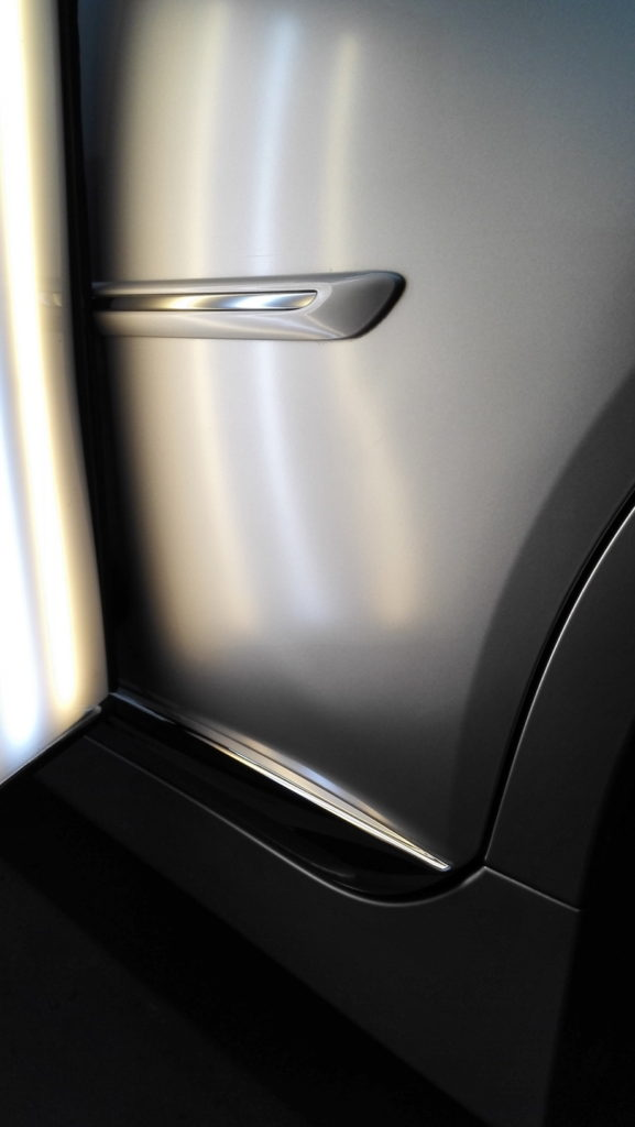 TOYOTA SAI repaired door