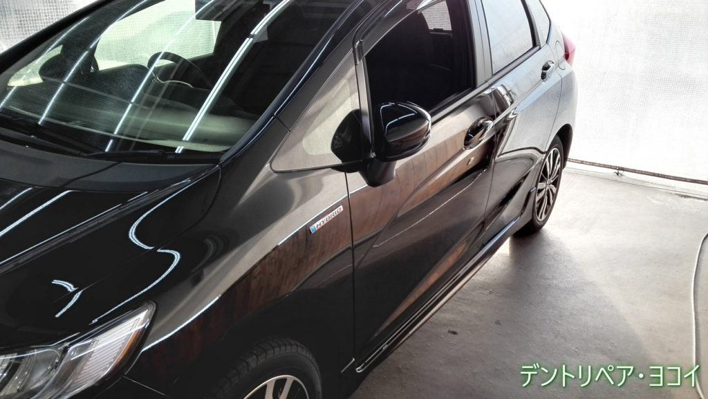 Honda_FIT_LeftFront_door